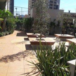 Piso Elevado Base de Jardim